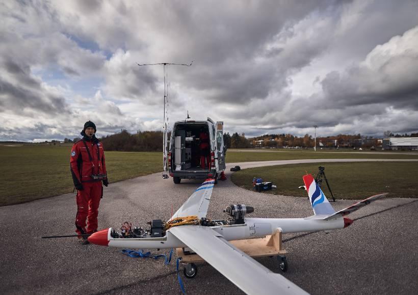 AVX-project-flexop-aeroelastic-wing-test-prep