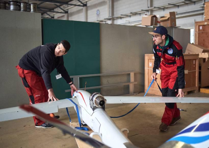 AVX-project-flexop-aeroelastic-wing-test