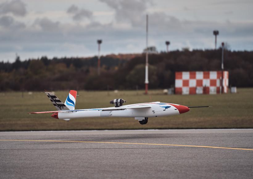 AVX-project-flexop-aeroelastic-wing
