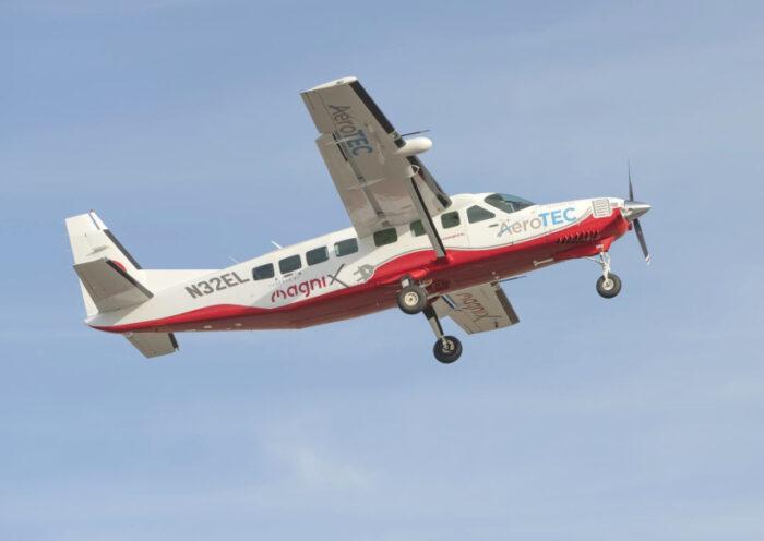 AVX-ecaravan-first-flight-magnix-aerotec
