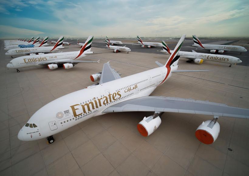 AVX-emirates-parked-planes